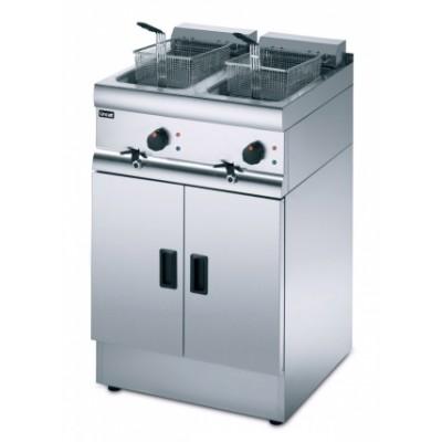 J18 Lincat Silverlink 600 2 x 9ltr Free Standing Double Fryer